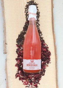 sparkling birch juice drink from Dabas Dobe
